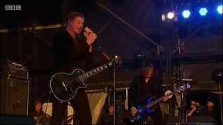 INTERPOL - ALL THE RAGE BACK HOME @ Glastonbury 2014 + LYRICS IN DESCRIPTION