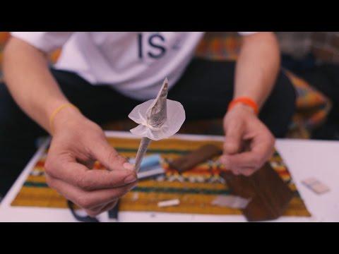 Wie man eine Tulpe dreht: Joint-Kunst auf der Hanfmesse