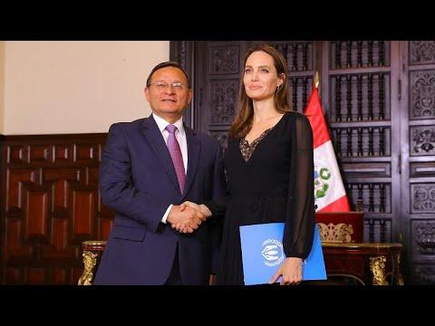 Περού: Η Αντζελίνα Τζολί κοντά στους πρόσφυγες