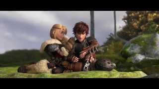 HOW TO TRAIN YOUR DRAGON 2 - Hiccup & Astrid Clip