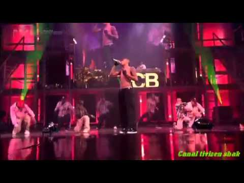 Chris Brown - Kiss Kiss - LIVE