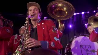 Flume   Rushing Back (Live With MEUTE + Harley On Saxophone)