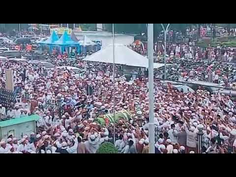 Ribuan Pelayat Iringi Pemakaman Jenazah Habib Hasan bin Hud Assegaf di Pasuruan