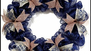 How To Make A Deco Mesh Bubble Wreath [Fits In Between 2 Doors]