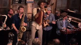 "Nathaniel Rateliff & The Night Sweats, ft. Preservation Hall Jazz Band ""Look It Here"""