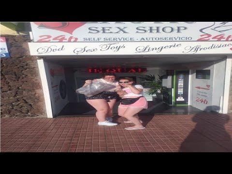 Il sesso on-line con un giovane bellezza