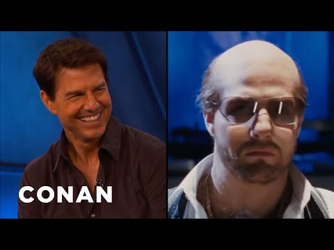 Tom Cruise Brings Les Grossman To #ConanCon at Comic Con