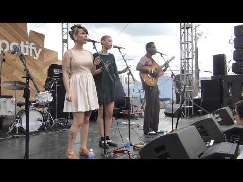 Leon Bridges - River (SXSW 2015) HD