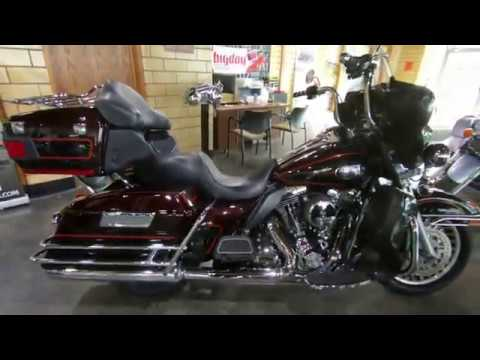 2011 Harley-Davidson Ultra Classic® Electra Glide® in South Saint Paul, Minnesota - Video 1