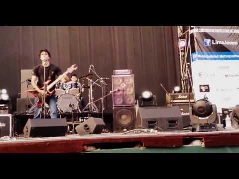 Socramnas - Social destruction en vivo (Lima Rockea 2013)