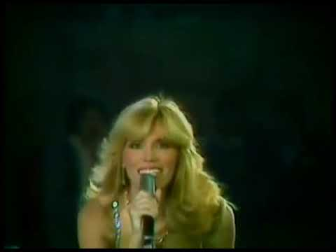 AMANDA LEAR   Enigma Give a bit of hmm to me Live @ Festivalbar 1978