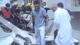 preview picture of video 'تاروت: نجاة اسرة من موت محقق في انهيار منزل في سنابس'
