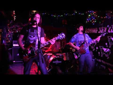STOLEN CHANGE-Live! 'Don't Be Talkin'- @ The Bovine.m2ts