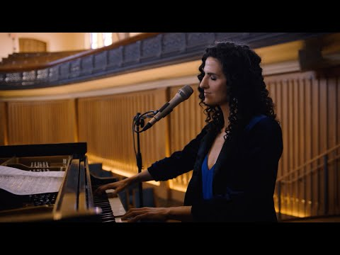 LAILA BIALI - Take Me To The Alley (Gregory Porter cover) - live acoustic version online metal music video by LAILA BIALI