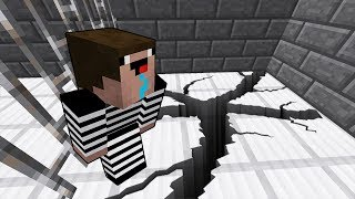 Преступник нашел супер подкоп и сделал побег из тюрьмы в Майнкрафт! Копы и преступники нуб minecraft