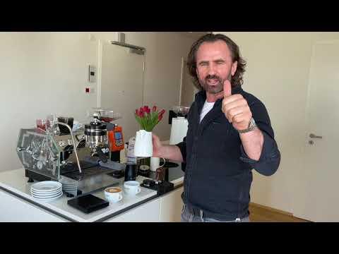 Barista Training: Milk steaming & Latte Art - YouTube