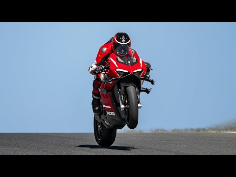 2021 Ducati Panigale V4 Superleggera in West Allis, Wisconsin - Video 6