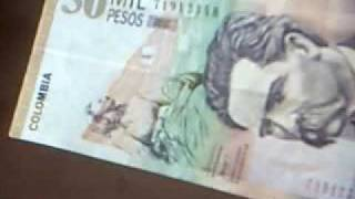 preview picture of video 'Colombian currency'