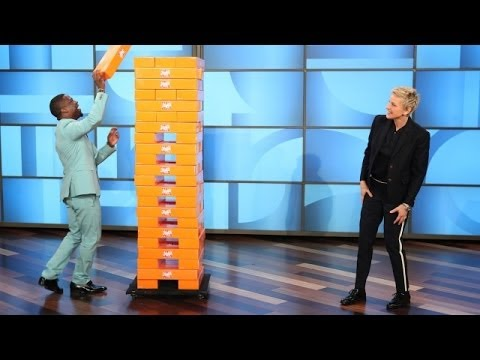 Kevin Hart and Ellen Play Jenga (видео)
