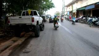 preview picture of video 'After the flood - Phun Phin - Surat Thani - 08.04.2011'