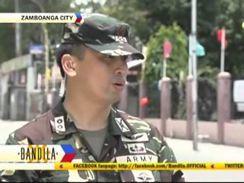 Ang likas na katangian ng mga kababaihan na may maliit na suso