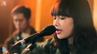 Sơn Tùng M-TP - Em của ngày hôm qua - Mờ Naive (Acoustic Cover)
