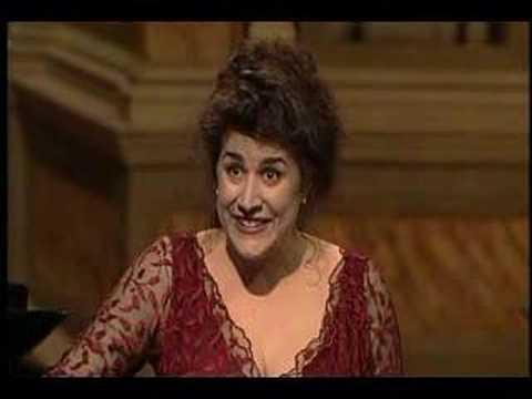 Cecilia Bartoli sings high E flat - Riedi al soglio - Rossini