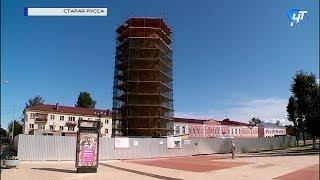 В Старой Руссе начался новый этап реконструкции знаменитой водонапорной башни
