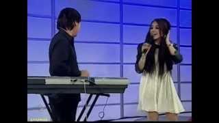 Danna Paola Cantando Mundo de Caramelo - Mojoe