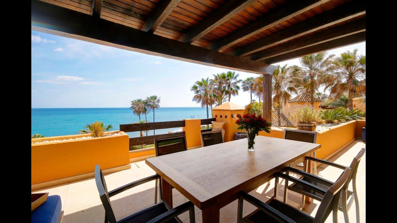 Refurbished south west 3 bed front line apartment for sale in Los Granados del Mar, Estepona