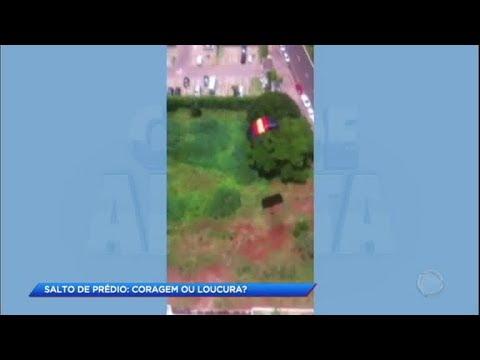 Homem compra paraquedas na internet e salta de prédio em Ribeirão Preto