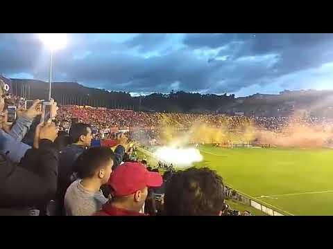 """""""Recibimiento Pasto vs America cuartos de final 2017 1 semestre Estadio Libertad"""" Barra: La Banda Tricolor • Club: Deportivo Pasto"""