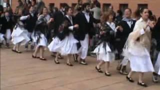 preview picture of video 'BALL DE GITANES Llinars del Vallès 2010.mpg'