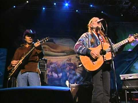 Wille Nelson - My Own Peculiar Way (Live at Farm Aid 1998)