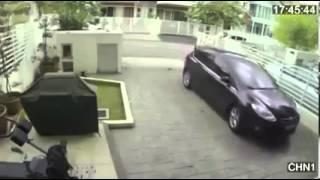 СУПЕР девушка дала отпор грабителю.