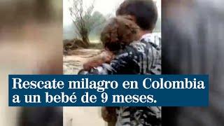 Rescatan a un bebé que llevaba atrapado 6 horas en el barro