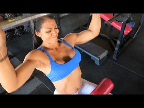 El aumento del pecho zakachivaniem de la grasa