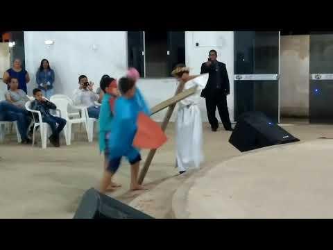 Ministério infantil ipr Alto Garças Encenação da morte e ressurreição de Jesus Cristo
