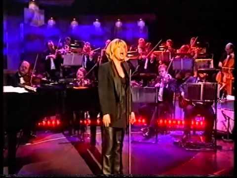 Elaine Paige: Cry Me A River -Parkinson, 2000