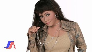 Gambar cover Gedung Tua - Wawa Marisa (Official Music Video)