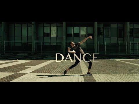 Danse Kim Tassel