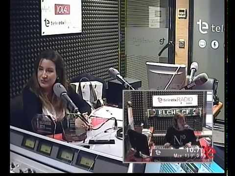 Noelia Artiaga profesora del C.F.P Ripollés de Elche entrevistada en Tele Elx Radio