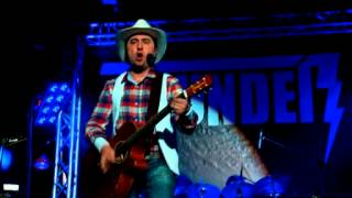 Thunder band - Ain't Going Down (Garth Brooks) - live in Tehran - Iran (Jan 2014)