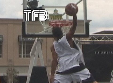 TFB::Dunks:: Guess who's Back ... 5'9