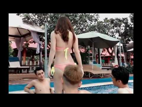 18+ Video funny sexy girl and boy in water
