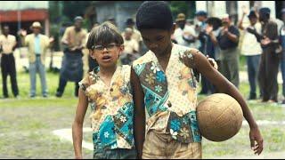 热爱足球的贫民窟擦鞋男孩,逆袭为震撼世界的传奇球王,励志片