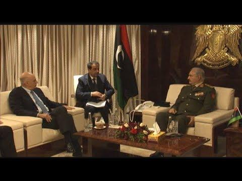 Συνάντηση Ν. Δένδια – Χαλίφα Χάφταρ στη Λιβύη