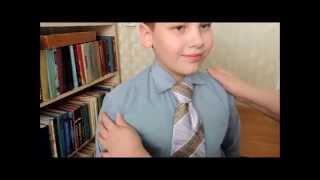 Завязать галстук. Классический узел.