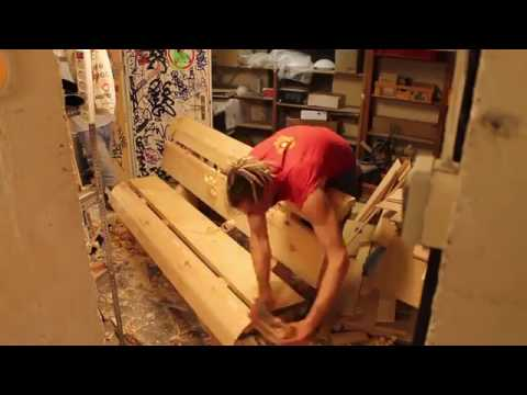 BDE build a massive woodbench