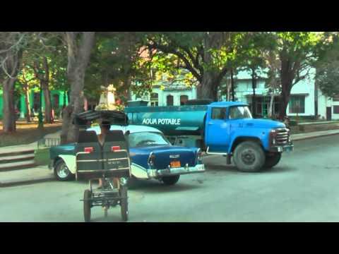 Calle Obispo the shoppingstreet in Havana Cuba La Habana De winkelstraat in Havana